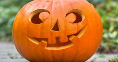 HalloweenPompoen maken in Winkelcentrum Mariahoeve