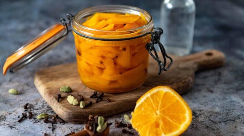 Zoetzure pompoen met sinaasappel en kardemom